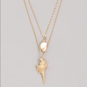 Jewelry - Layered Conch Shell and Pearl Pendant Necklace